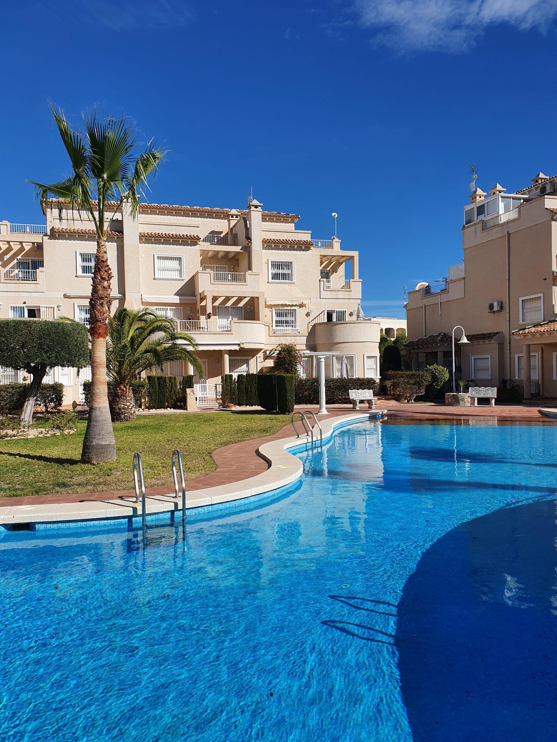 Flott bolig på det populære komplekset Miraflores 4 – en sjelden mulighet!